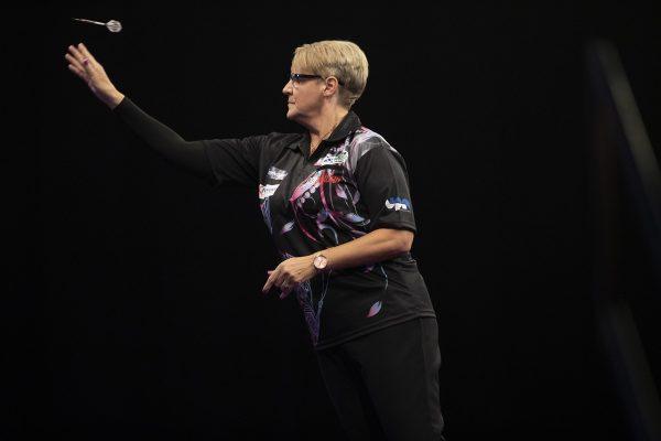 Lisa Ahston gewann das PDC Womens Qualifier und war somit 2020 dabei (Bild: LAwrence Lustig/PDC)