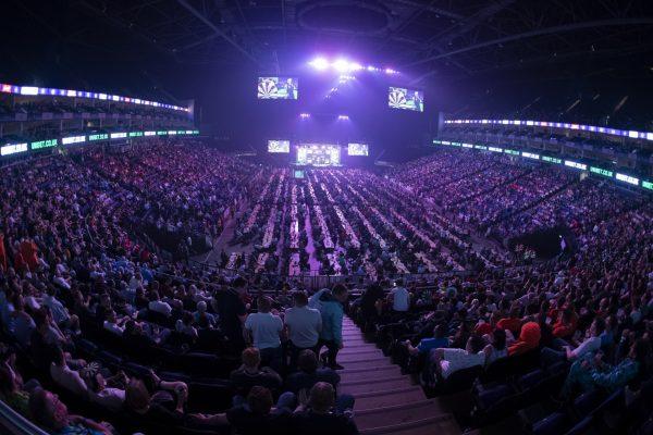 Die O2 Arena in London war 2019 der Austragungsort der Play-Offs (Bild: Lawrence Lustig/PDC)