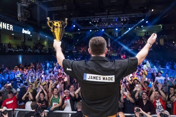 2018 holt sich James Wade den Titel der WSoD Finals (Bild: PDC)